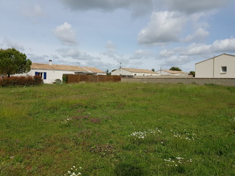 Sale site Vouille les marais 34 000€ - Picture 1