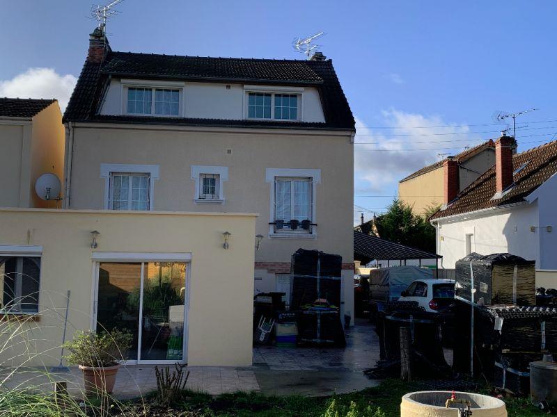 Jolie Propriété d'environ 220 m² hab  avec 7 chambres -   Quarti