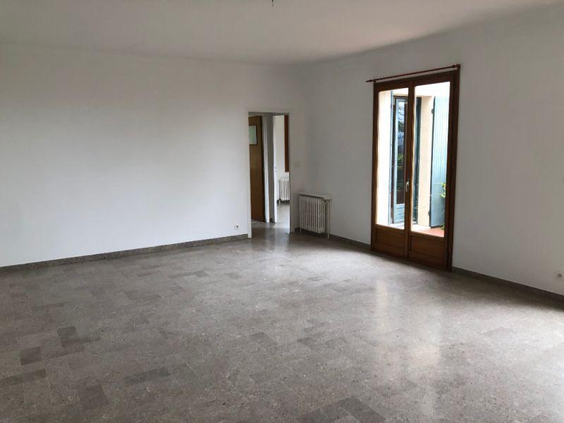 Rental apartment Aix en provence 1295€ CC - Picture 2