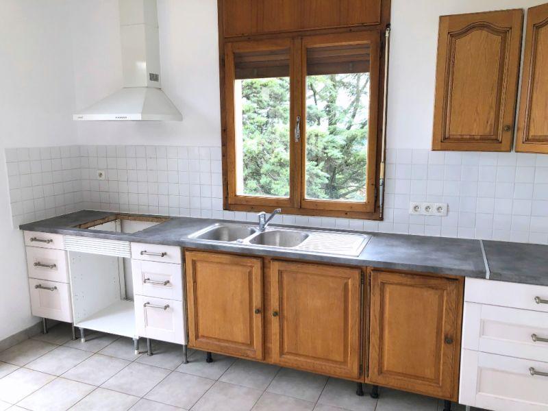 Rental apartment Aix en provence 1295€ CC - Picture 3