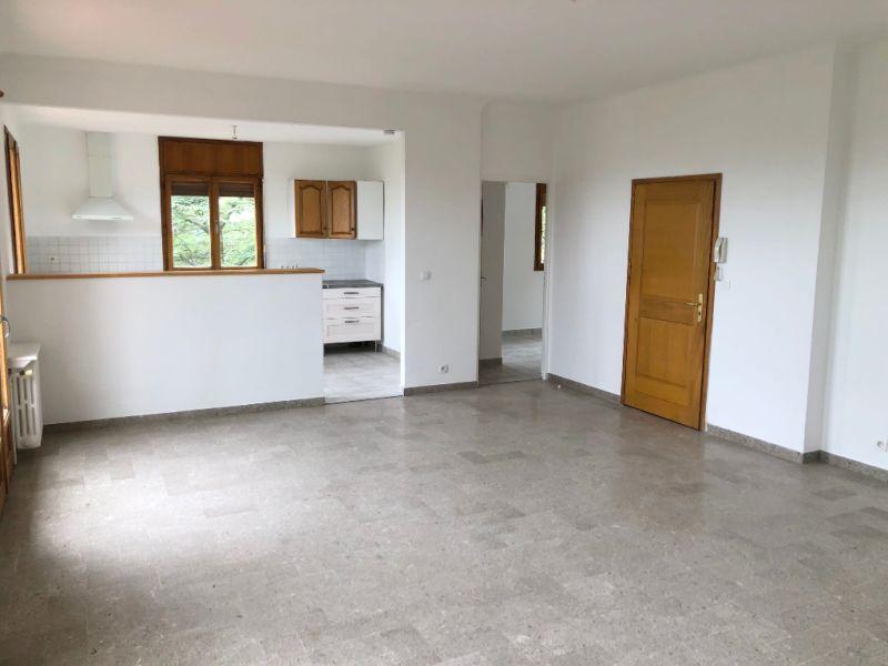 Rental apartment Aix en provence 1295€ CC - Picture 4