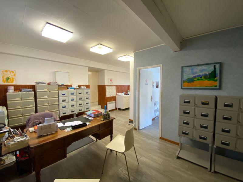 Rental empty room/storage Bouc bel air 875€ CC - Picture 1