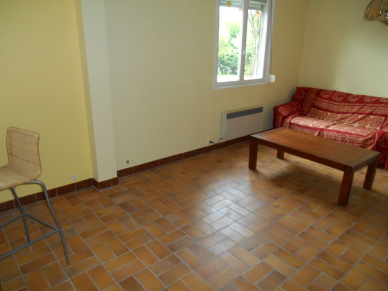 Location appartement Saint quentin 365€ CC - Photo 2
