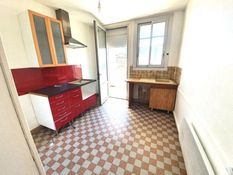 Sale apartment Barbezieux-saint-hilaire 64800€ - Picture 2