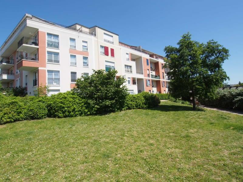 Sale apartment Conflans ste honorine 369500€ - Picture 2