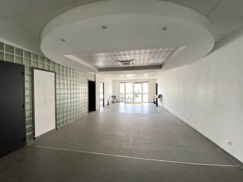 Vente local commercial Beziers 175000€ - Photo 2