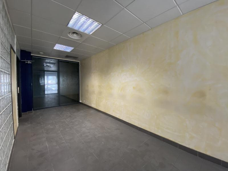 Vente local commercial Beziers 175000€ - Photo 5