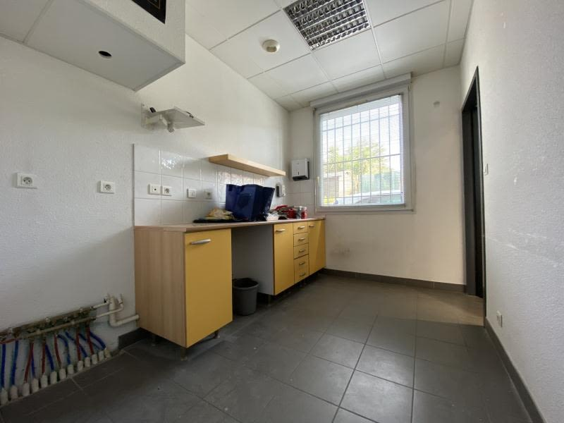 Vente local commercial Beziers 175000€ - Photo 8