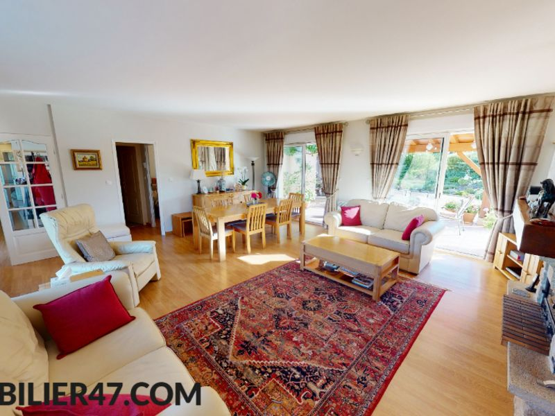 Vente maison / villa Prayssas 359 000€ - Photo 4