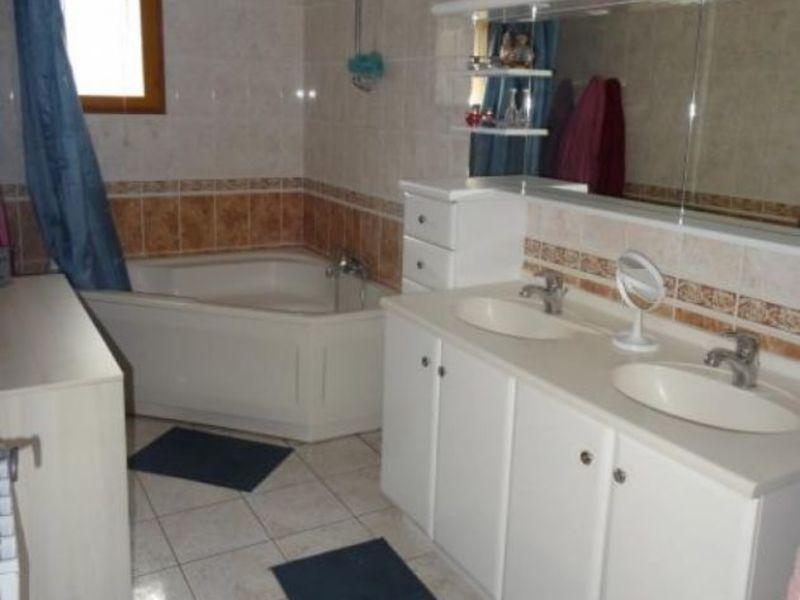 Vente maison / villa Donchery 218000€ - Photo 10