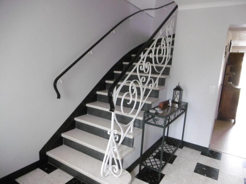 Sale house / villa Yvre l eveque 288750€ - Picture 10