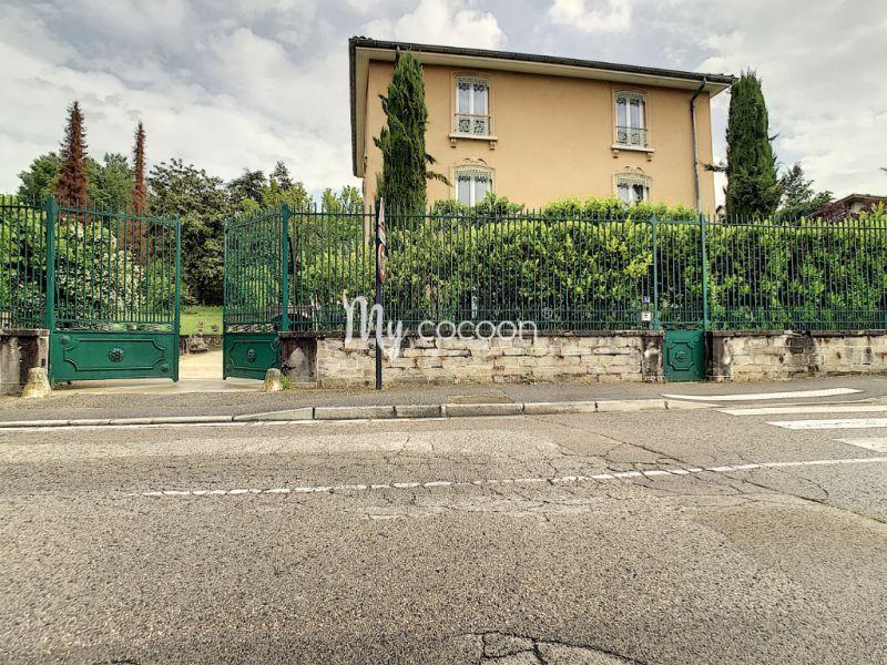 Vente maison / villa La tour du pin 490000€ - Photo 2