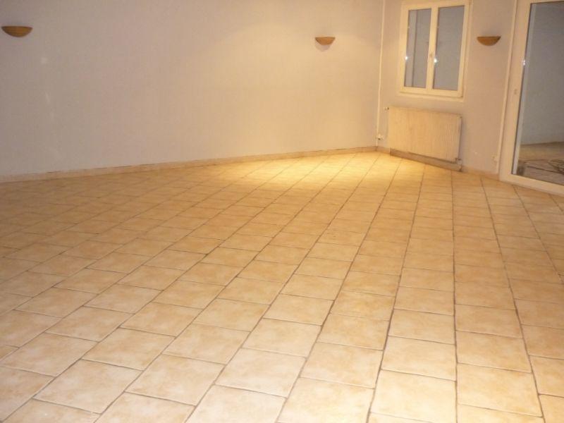Location appartement Landas 765€ CC - Photo 2