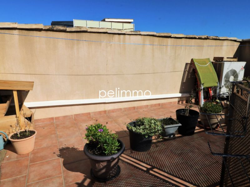 Sale building Eyguieres 373000€ - Picture 2