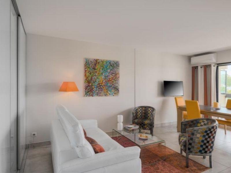 Sale apartment Bordeaux 549000€ - Picture 2