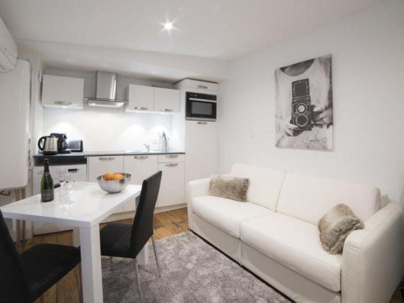 Rental apartment Strasbourg 800€ CC - Picture 1