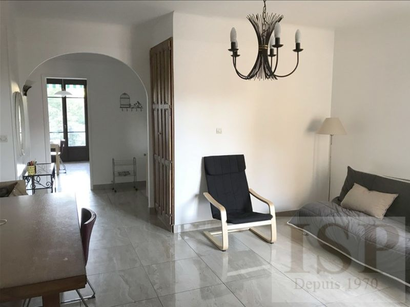 Rental apartment Aix en provence 1327€ CC - Picture 5