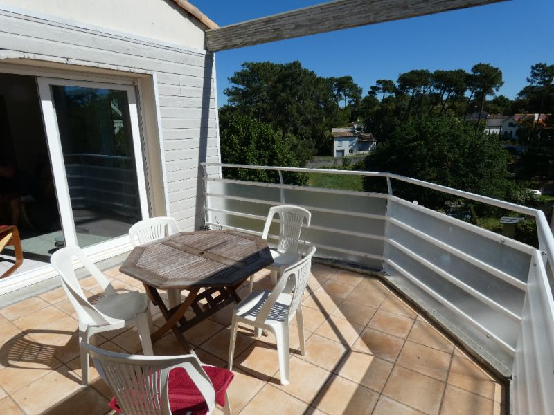 Vacation rental apartment Meschers sur gironde  - Picture 1