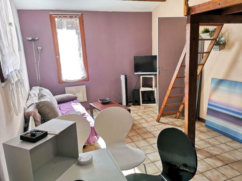Appartement Aix-en-Provence Centre Ville 1 pièce + Mezzanine 23.