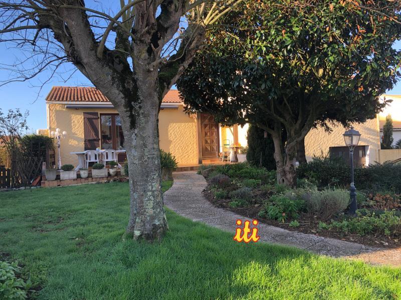 Sale house / villa Chateau d'olonne 418000€ - Picture 1