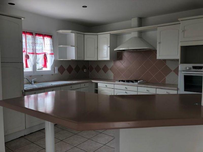 Sale house / villa Talmont st hilaire 349500€ - Picture 4