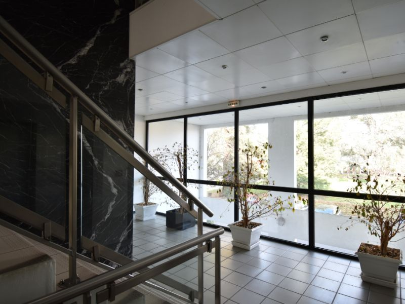 Sale office Billere 345000€ - Picture 2