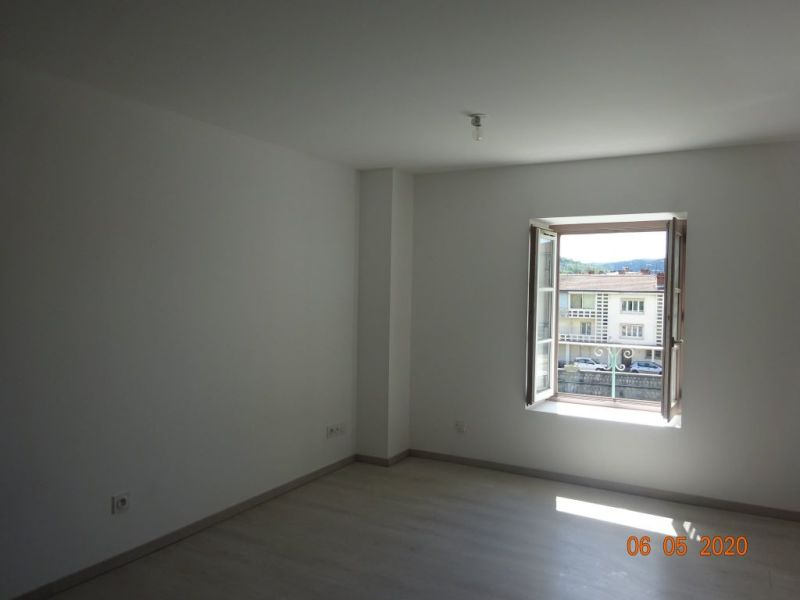 Sale building St vallier 263000€ - Picture 5