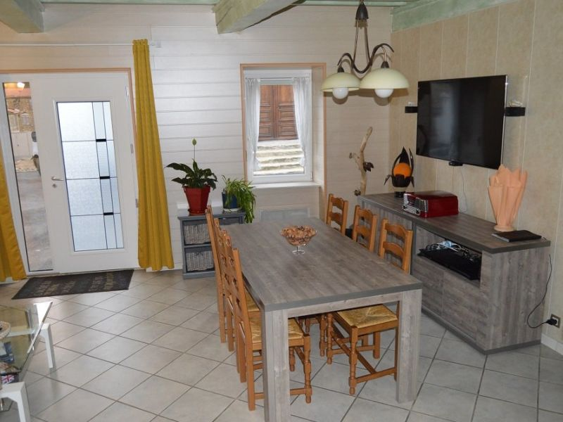 Sale house / villa Eclassan 160000€ - Picture 1
