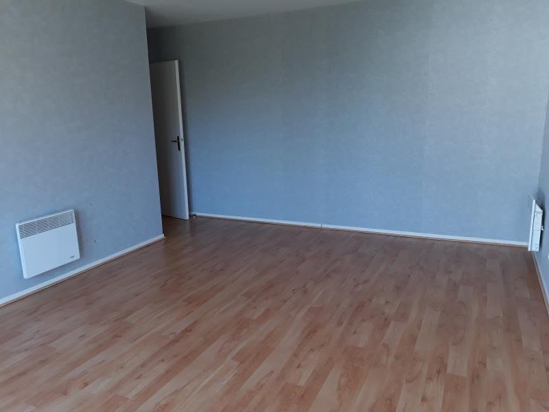 Sale apartment Soissons 113500€ - Picture 2