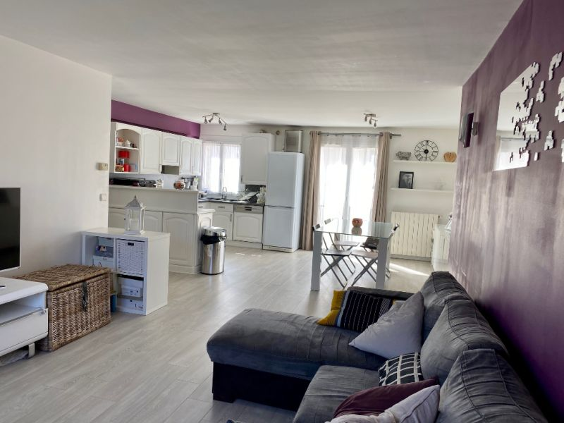 Sale apartment Houilles 399000€ - Picture 2