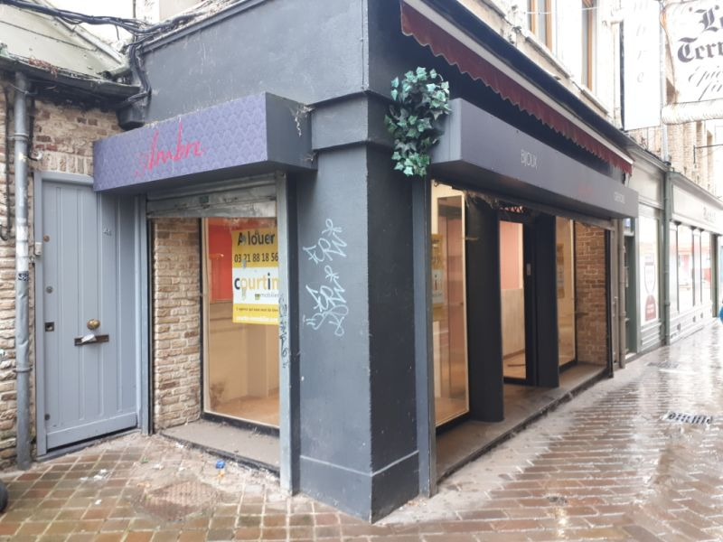 Location local commercial Saint omer 700€ HC - Photo 1