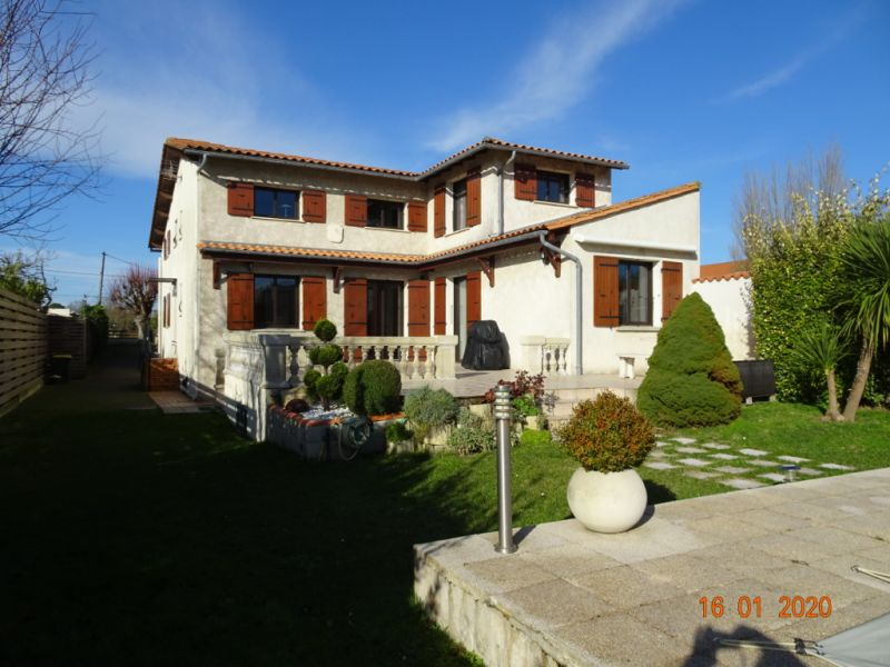 Sale house / villa Saint georges de didonne 525 000€ - Picture 1
