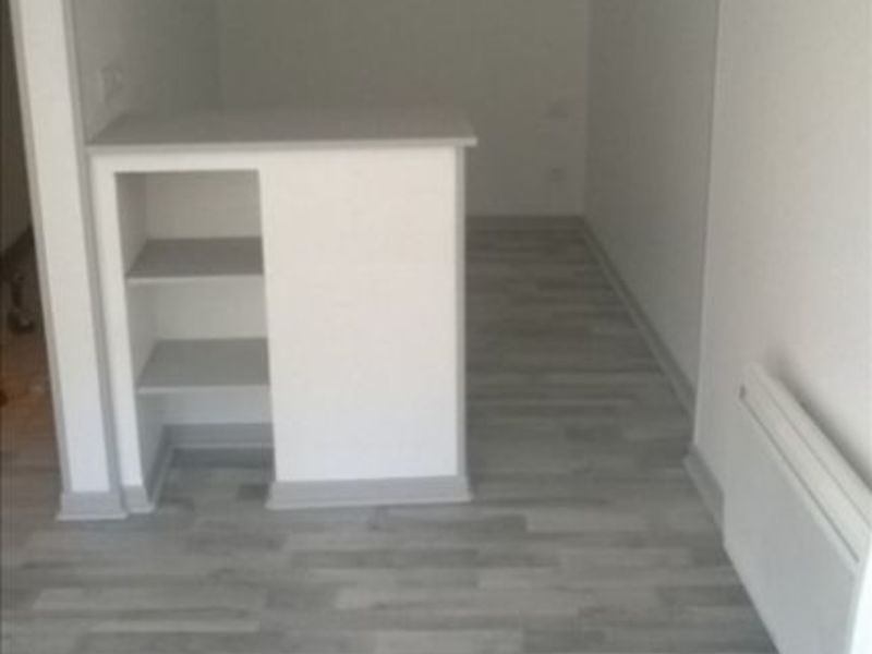 Location appartement St maixent l ecole 270€ CC - Photo 3