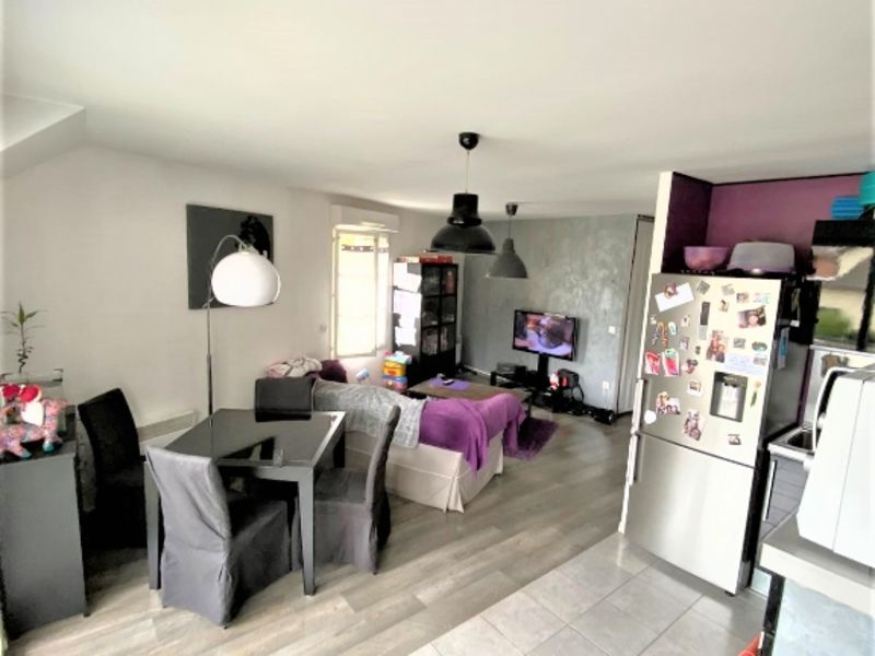 Sale apartment Pontoise 231 800€ - Picture 2