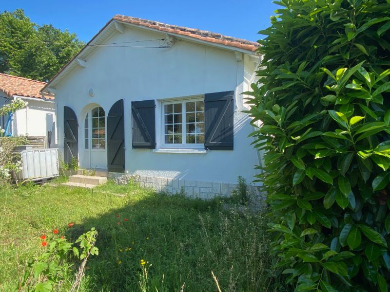 Sale house / villa Saint georges de didonne 262 500€ - Picture 1