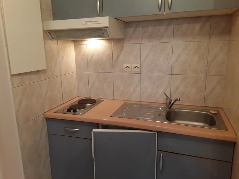 Rental apartment Ottmarsheim 360€ CC - Picture 2