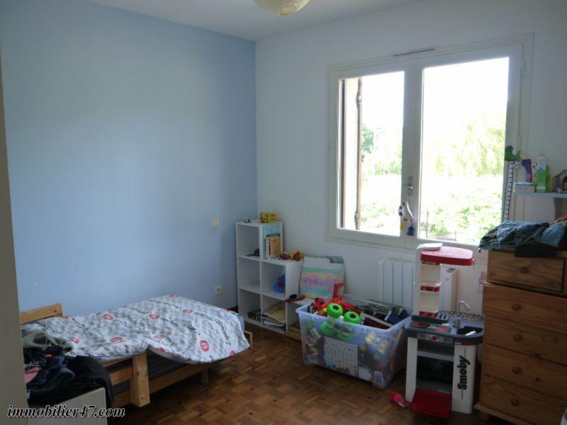 Vente maison / villa Tombeboeuf 319500€ - Photo 12