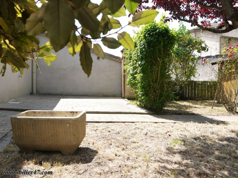 Location appartement Tombeboeuf 469€ CC - Photo 3