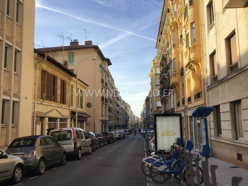 Sale apartment Nice 260000€ - Picture 2
