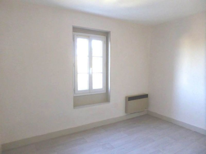 Rental apartment Cognac 330€ CC - Picture 5
