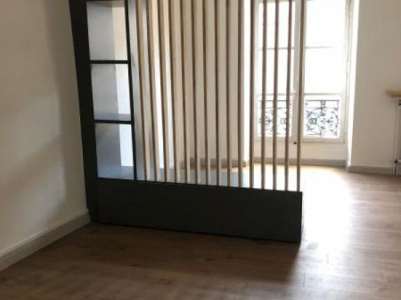 Location appartement Poitiers 390€ CC - Photo 1