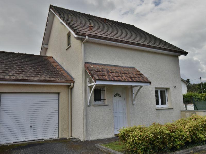 Sale house / villa Artix 165000€ - Picture 1
