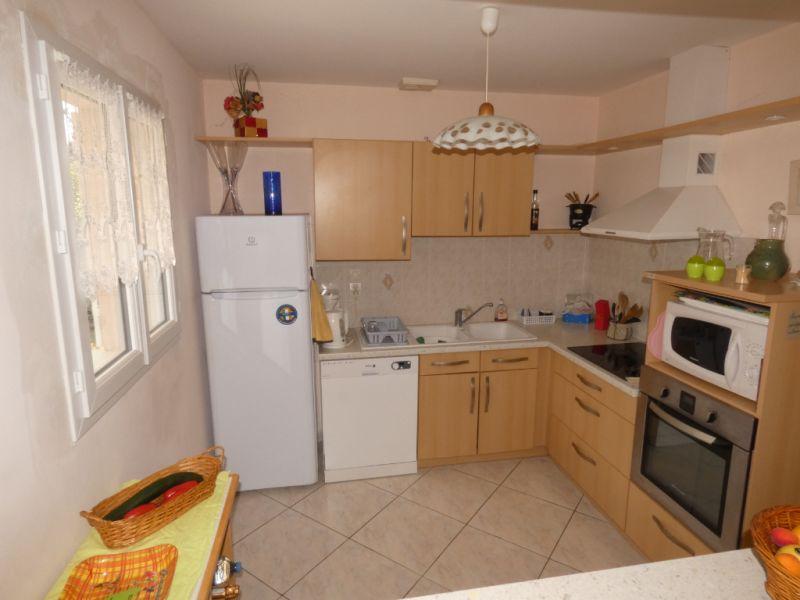 Vacation rental house / villa Vaux sur mer  - Picture 3
