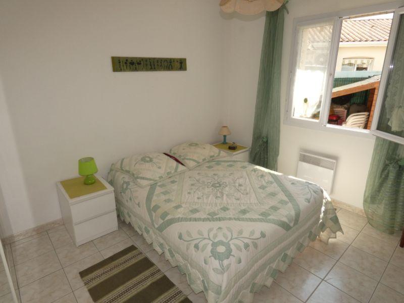 Vacation rental house / villa Vaux sur mer  - Picture 6