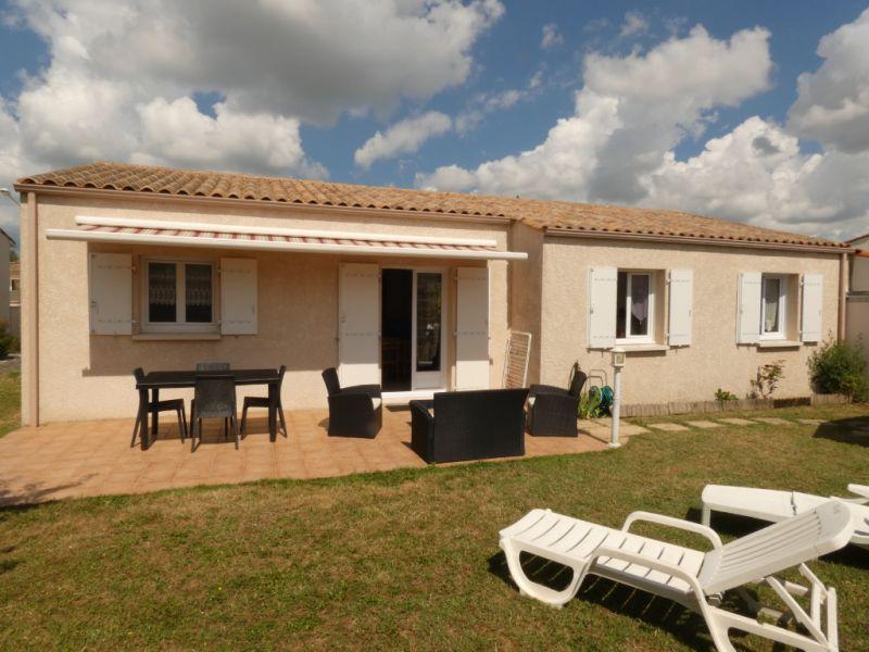 Vacation rental house / villa Vaux sur mer  - Picture 10