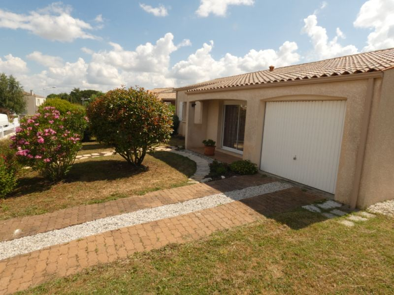 Vacation rental house / villa Vaux sur mer  - Picture 12