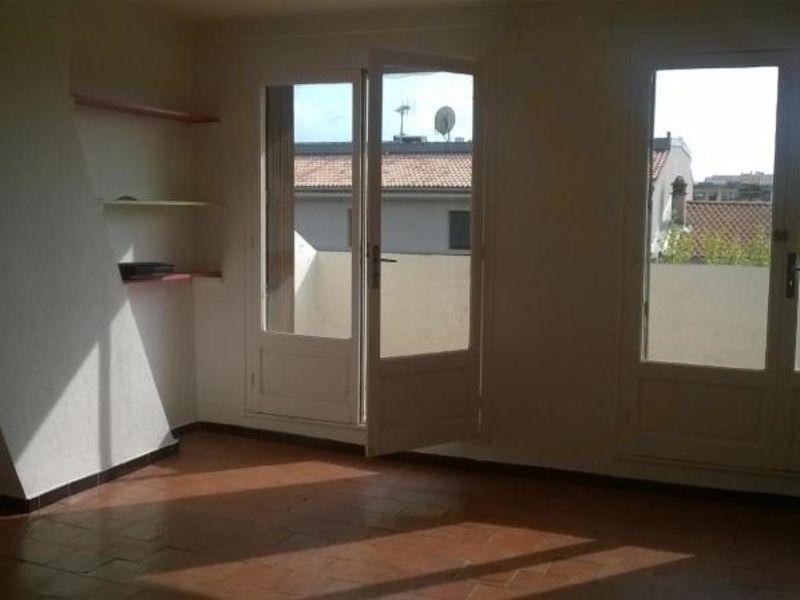 Location appartement Aix en provence 785,74€ CC - Photo 1