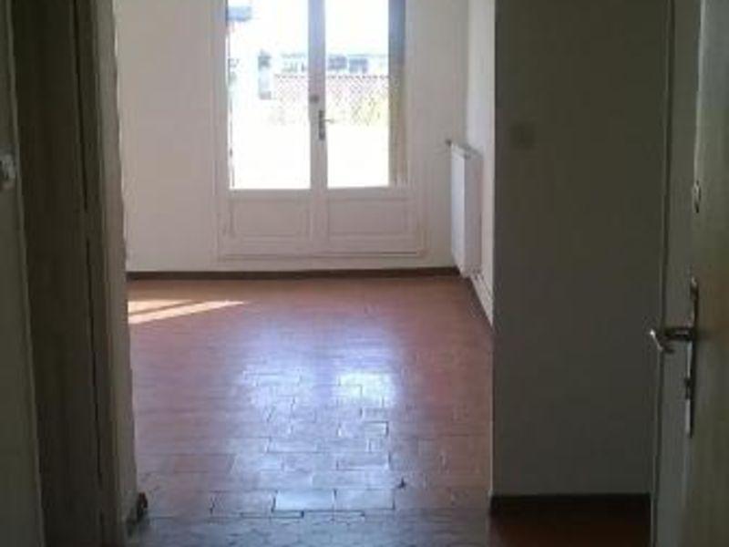 Location appartement Aix en provence 785,74€ CC - Photo 2
