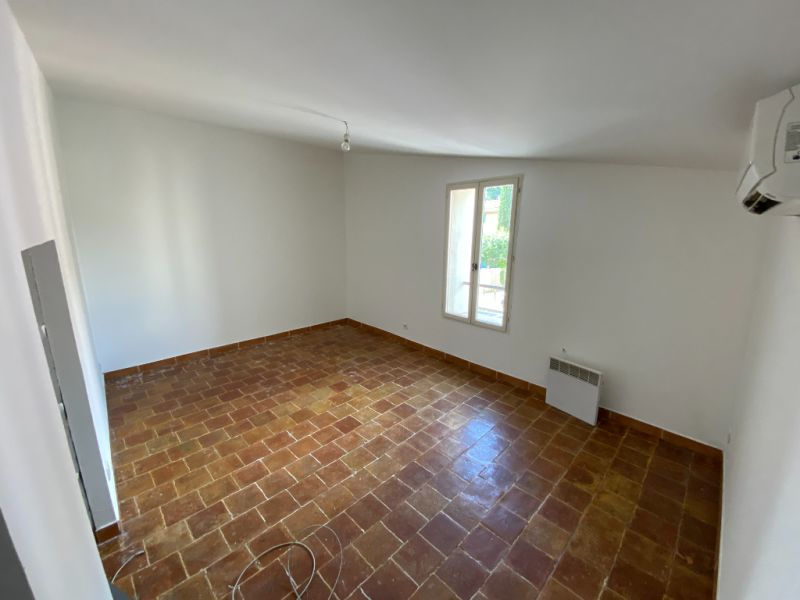 Rental apartment Les milles 900€ CC - Picture 8