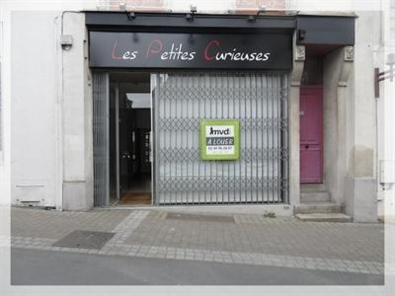 Location local commercial Ancenis 456€ HC - Photo 1